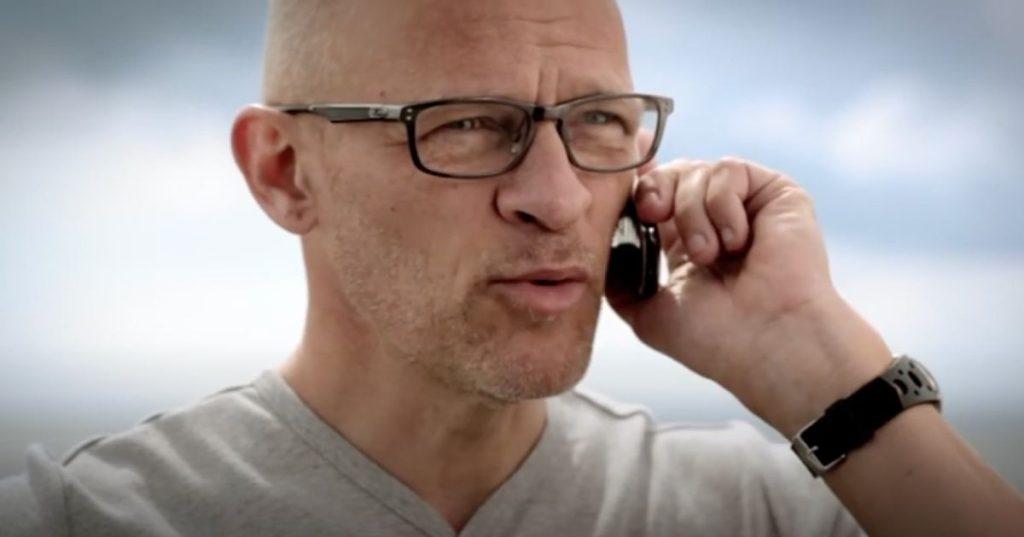 Onfone reklame med skuespilleren Lars Bom